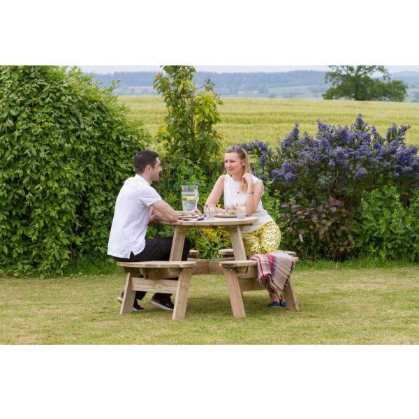 Katie Round Picnic Table